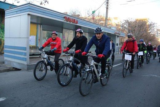 مقایسه جالب مسیرهای دوچرخه سوار شهری در آذربایجان شرقی و غربی